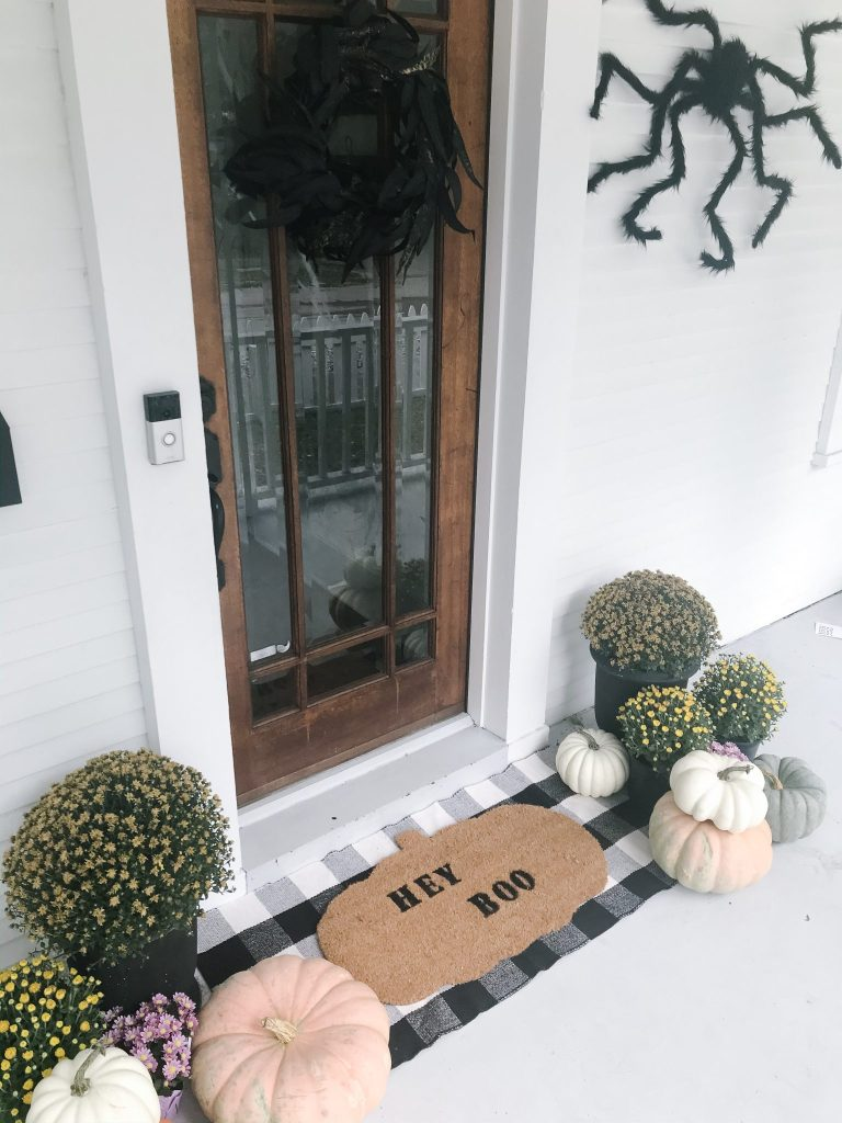 Easy DIY doormat - halloween doormat - Hey Boo doormat