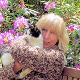Martine Coppens with cat