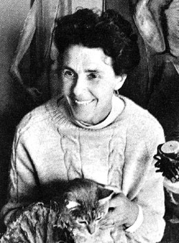 Remedios Varo with cat 2