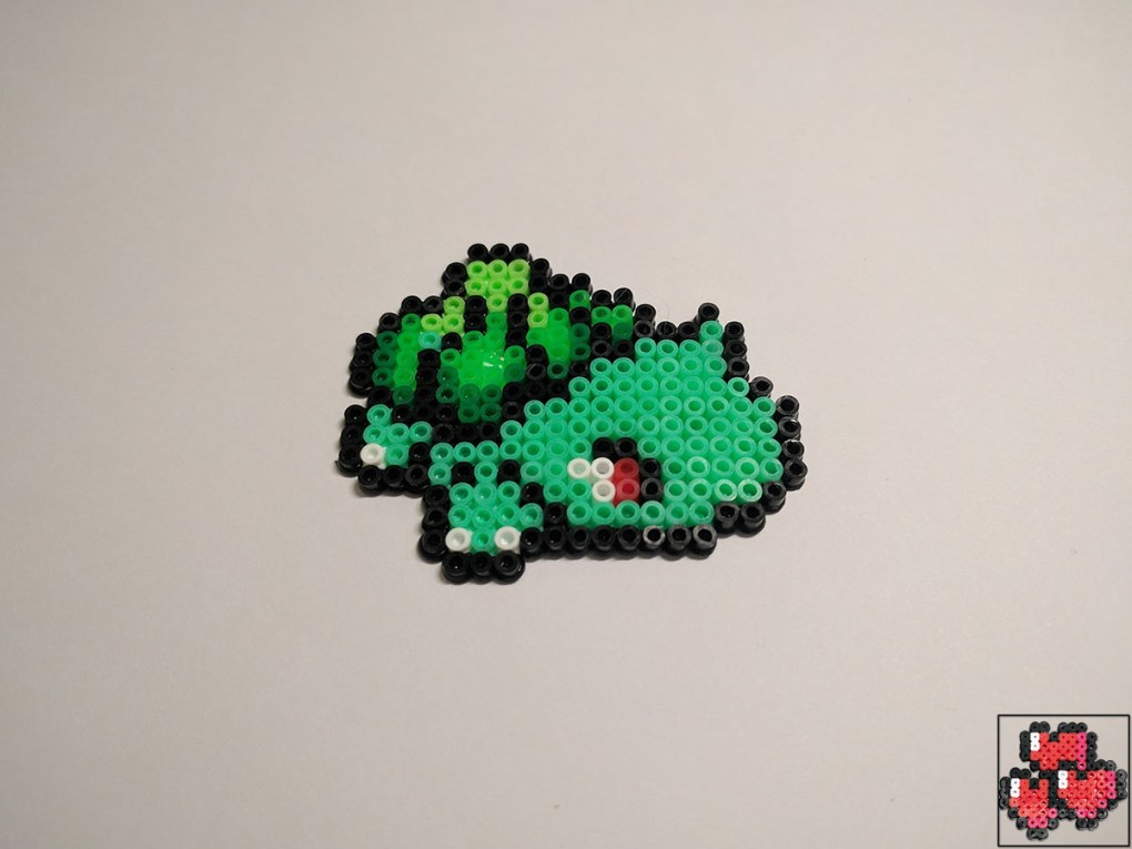 bulbizarre-galerie-pokemon-pixelart-pixelcraft-pixelbeads-perlerbeads-perlerart-hama-hamabeads-hamasprites-artkal-artkalbeads-fusebeads-retro-gaming-sprite-design-tutoriel-pattern