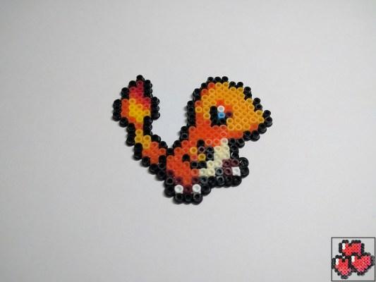 salameche-galerie-pokemon-pixelart-pixelcraft-pixelbeads-perlerbeads-perlerart-hama-hamabeads-hamasprites-artkal-artkalbeads-fusebeads-retro-gaming-sprite-design-tutoriel-pattern