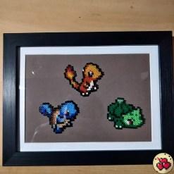 cadre-fond-marron-starter-G1-produit-pokemon-pixel-set-base-card-tgc-pokemoncard-pixelart-pixelcraft-pixelbeads-perlerbeads-perlerart-hama-hamabeads-hamasprites-artkal-artkalbeads-fusebeads-retro-gaming-sprite-design-tutoriel