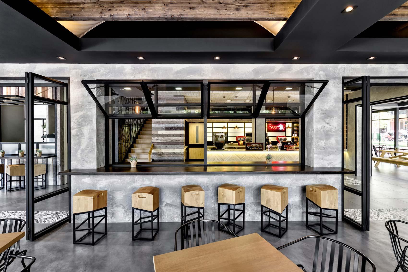 Keratsini Goodys Burger House by ChadiosAssociates  The