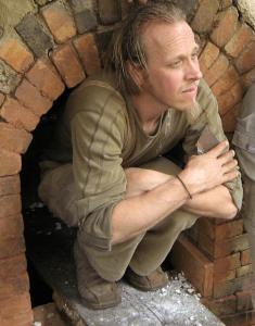 Maarten Damen. Keramist bij The Green Circle - Workshops in de Natuur