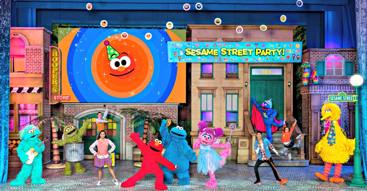 Sesame Street Live! Let's Party! {Win 4 Tickets}