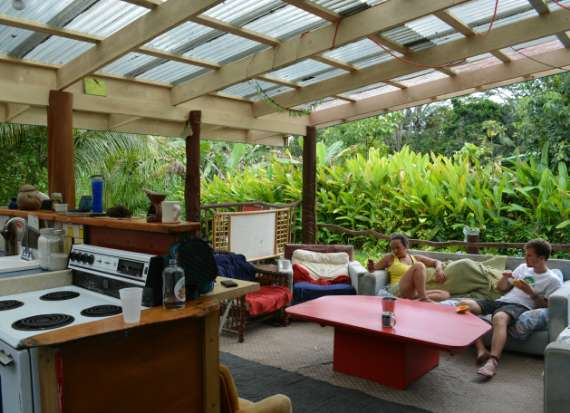 03_Hedonisia-Hawaii_eco-hostel
