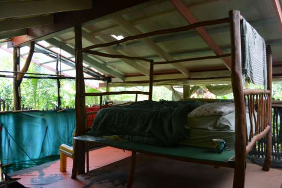 23_Hedonisia-Hawaii_eco-hostel_guava-tent