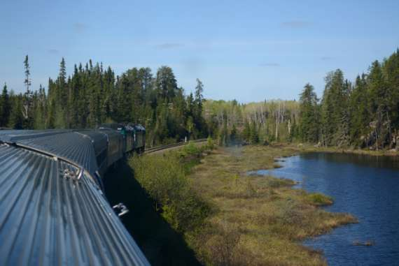 02_2014-05_Via-Rail_Train-Canadien_Montreal-Vancouver