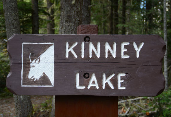 Canada_Bristish-Columbia_Mount-Robson-Park_Kinney-lake_09