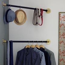 Closet Corner Hanging Bar