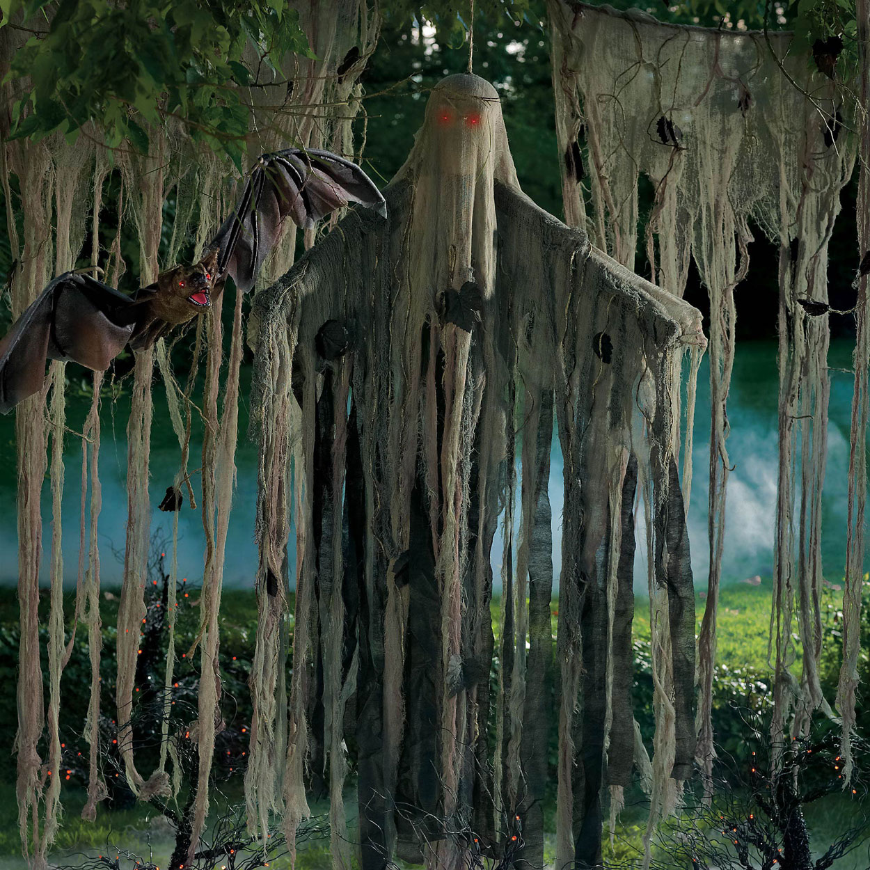 https://i0.wp.com/www.thegreenhead.com/imgs/hanging-swamp-man-1.jpg