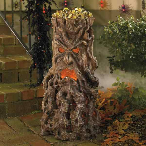 Haunted Tree Stump Candy Stand - Green Head