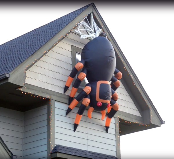 Massive Animated Inflatable Spider - Creeps And