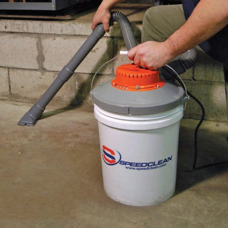 Bucket Vacuum