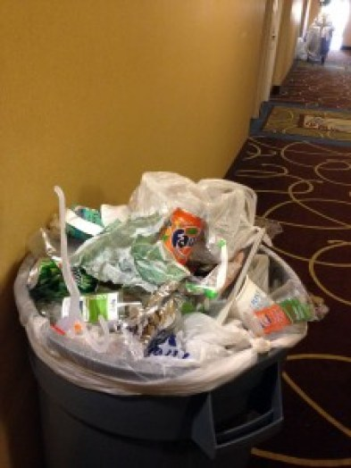 poubelle dans un hotel Green Leader de trip Advisor