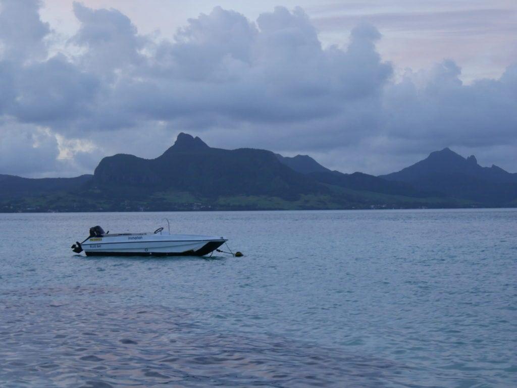 mauritius island blue bay