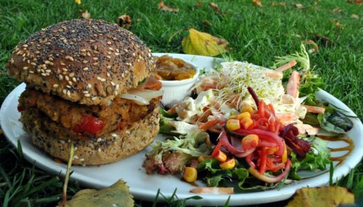 Berlin: Vegan food VS Currywurst, who wins?