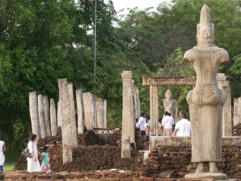 polonnaruwa ruins sri lanka