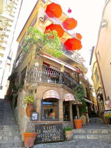 Visitare Castelmola e lo storico Bar Turrisi