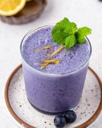 wild blueberry breakfast smoothie