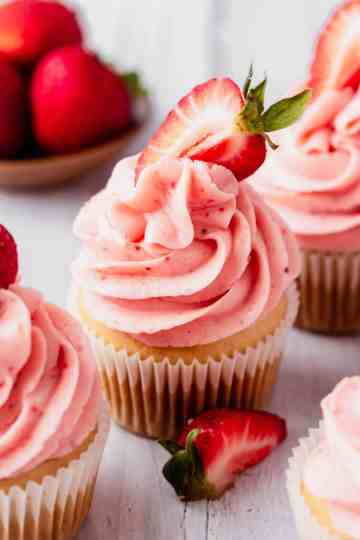vegan vanilla cupcakes with strawberry frosting