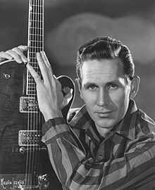 Chet Atkins - Top 25 Fingerstyle Guitar Players