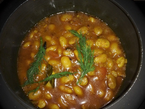 Lukla Simi (Beans) Curry