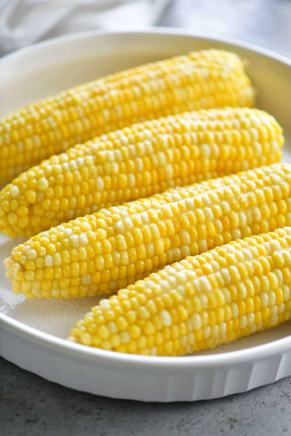 boiled corn on the