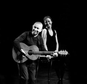 Kieran Goss in Acoustic Alley with special guest Annie Kinsella @ Theater In de Steeg