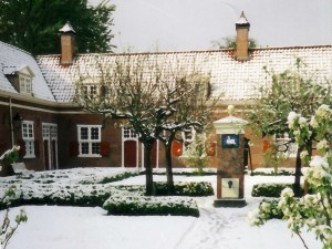 RESCHEDULED Carol Singing in the Hof van Wouw