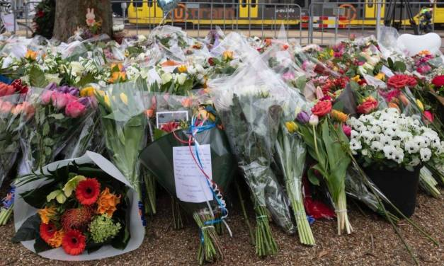 Dozens hold two minutes' silence for victims of Utrecht shooting one week on