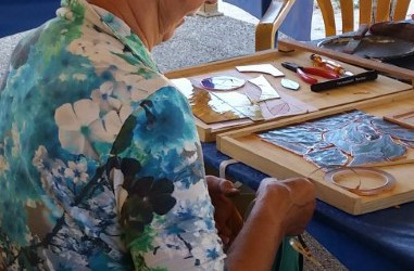 Glass Art Lessons in Delft