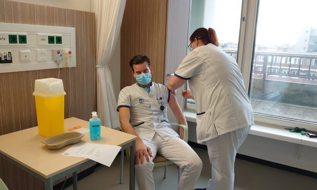 Vaccination of healthcare workers in The Hague region in full swing