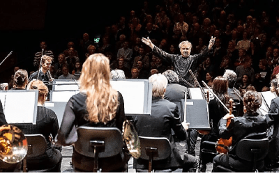 Residentie Orkest The Hague plays Beethoven's Fifth to the public