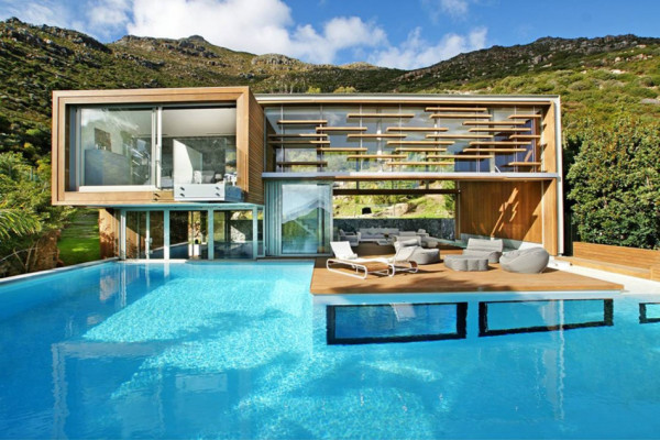 Contemporary Pool 1