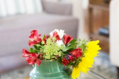 coffee-table-freshflowers