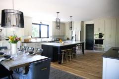 black_and_white_neutral_kitchen