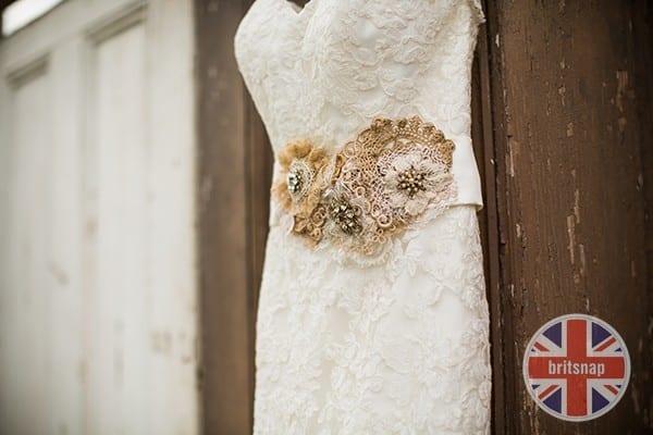 wedding_dress_lace