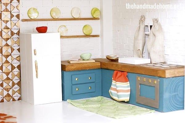 dollhouse_kitchen_cabinets