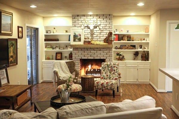 living-room-mantle