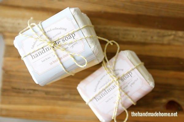 Get them {handmade soap labels 1 handmade soap labels 2}- just click + print!