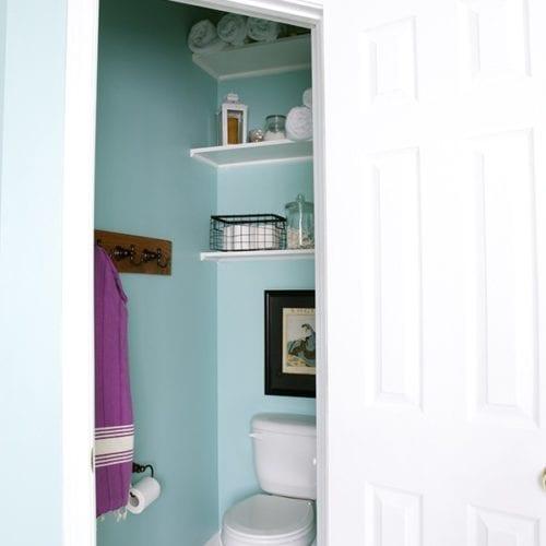 simple bathroom shelving