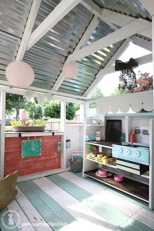insie_cottage_playhouse