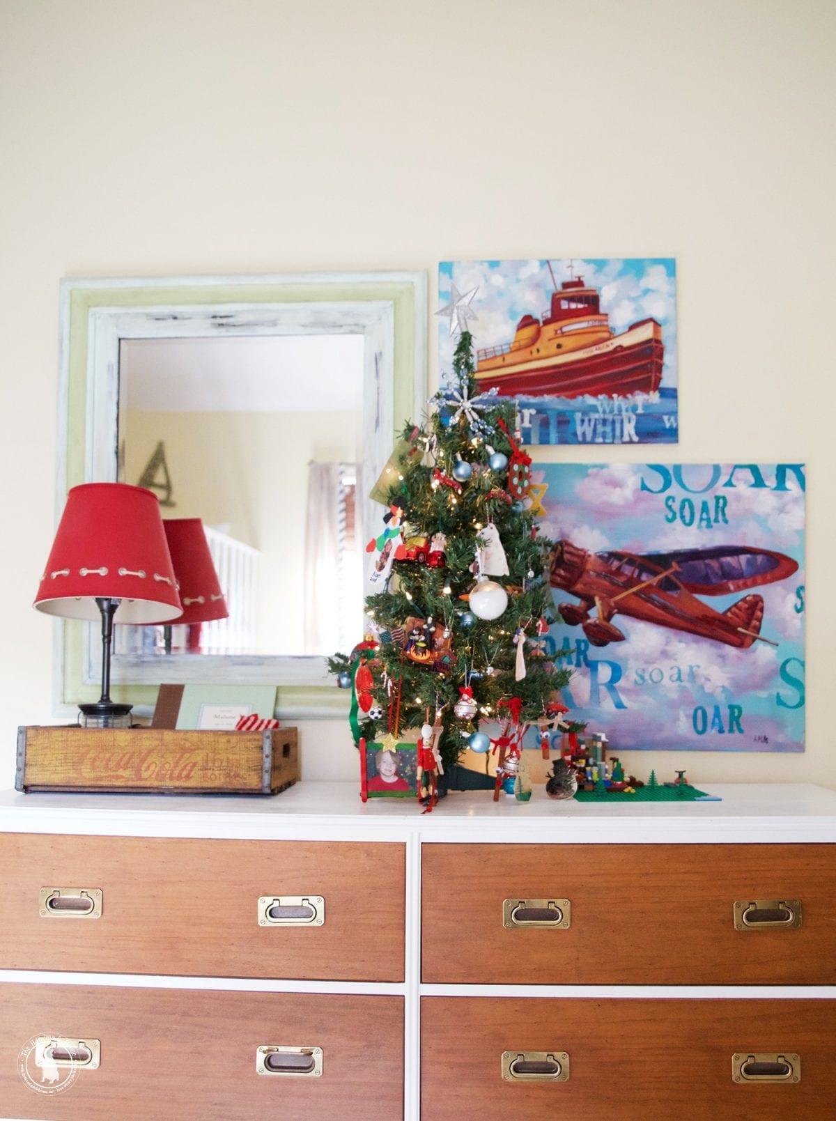 boys_room_christmas