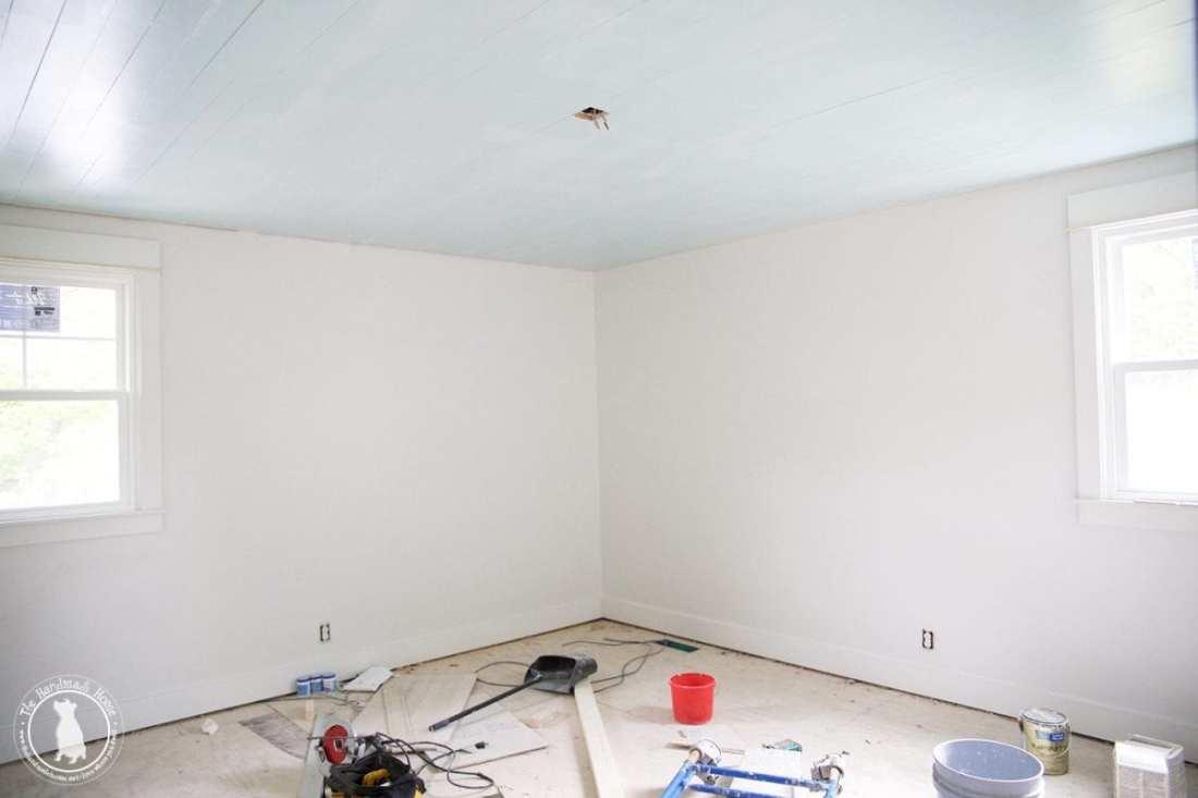 bedroom_blue_ceilings