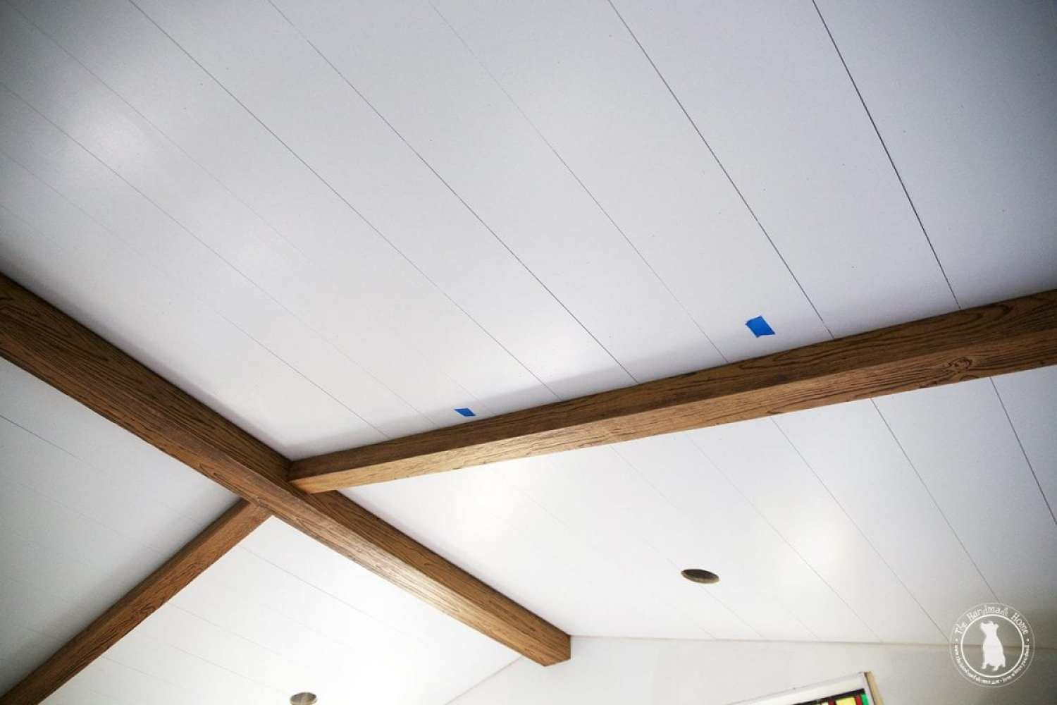 ceiling_beams