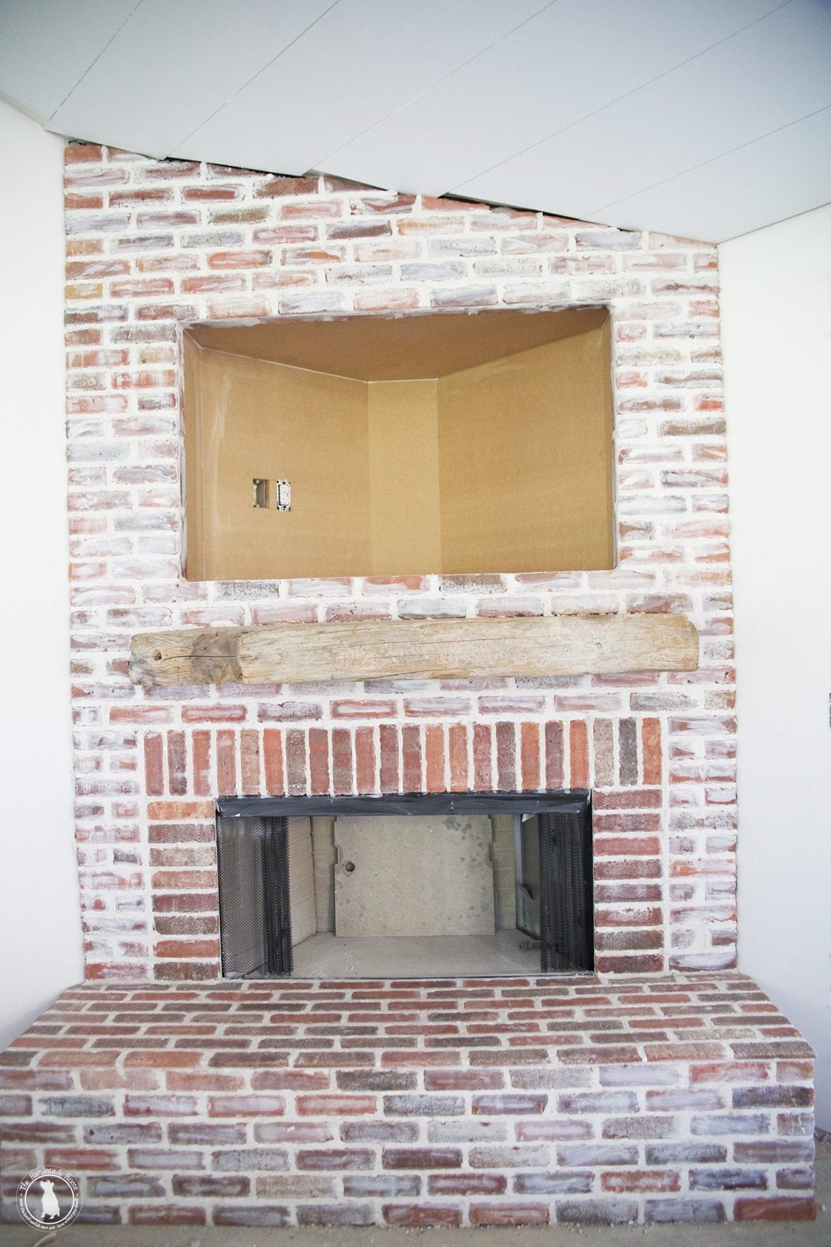 mortar_rub_brick_fireplace