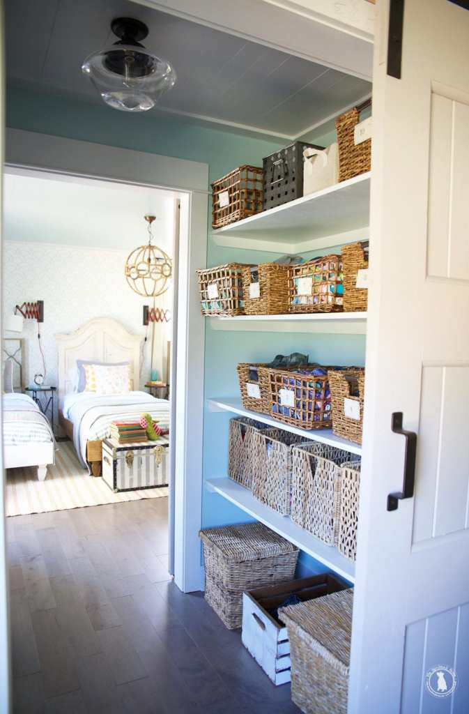 organization around the house - closet walkthrough