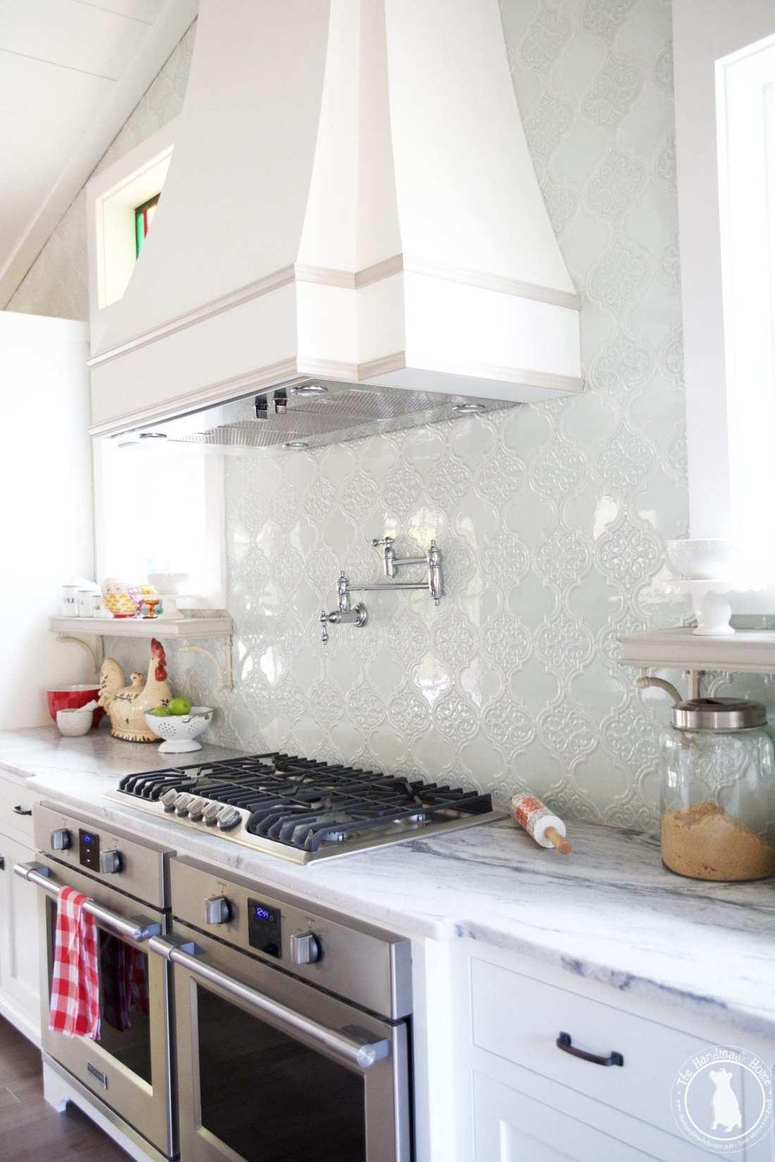 kitchen_french_hood