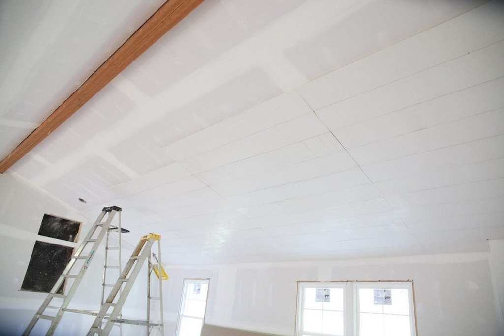 how to shiplap your ceilings - separators